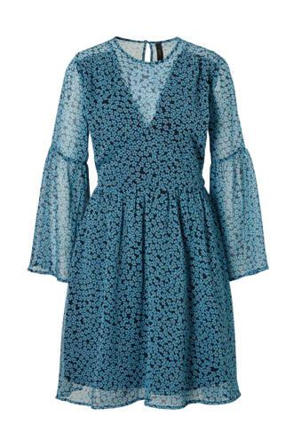 gebloemde jurk