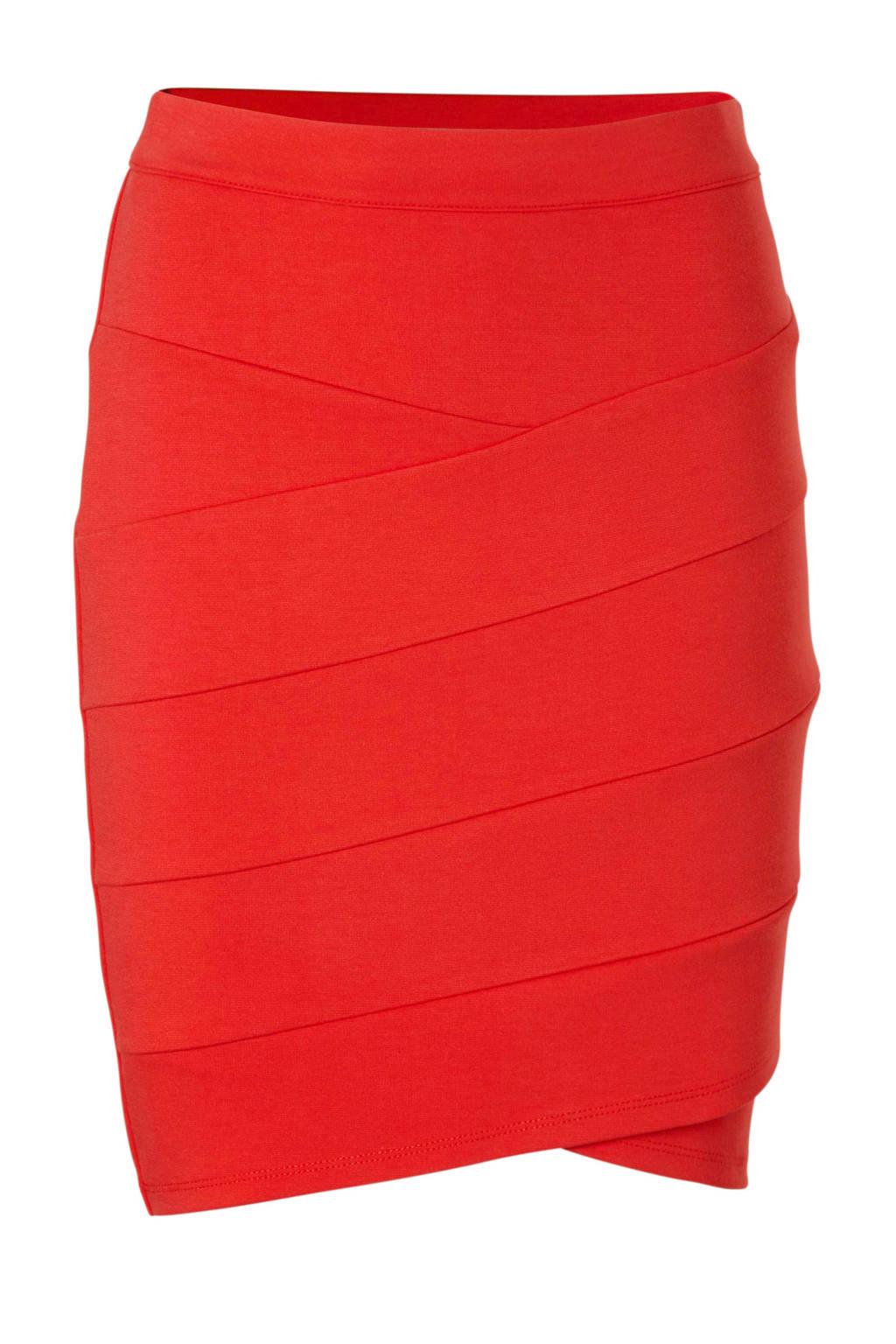 Saint Tropez rok rood, Rood