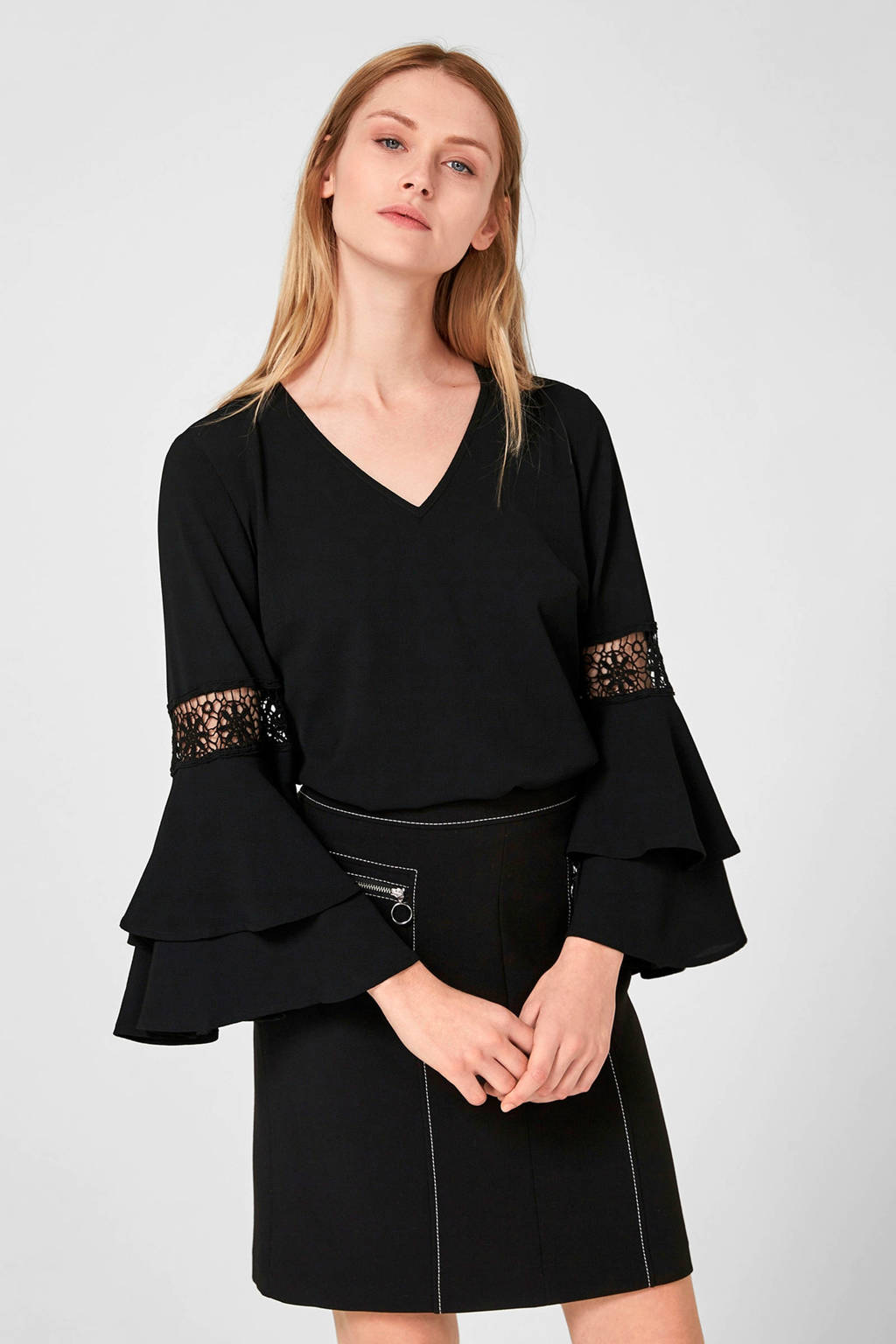 s.Oliver BLACK LABEL top met volant zwart, Zwart