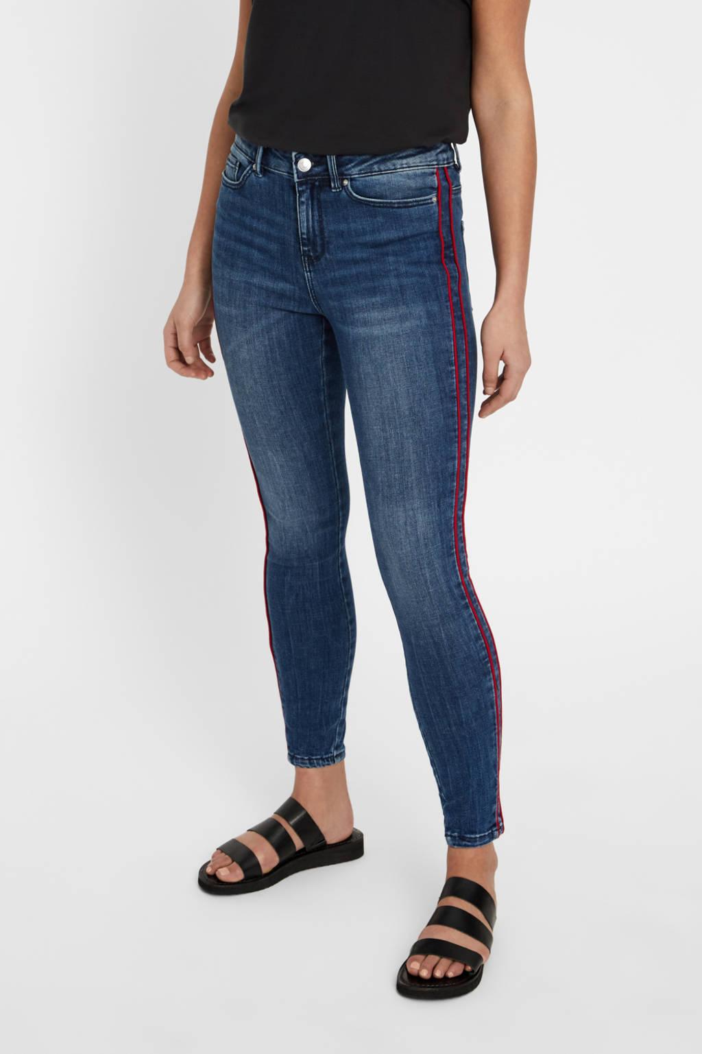 VERO MODA slim fit jeans met zijstrepen VMSEVEN medium blue denim, Blauw