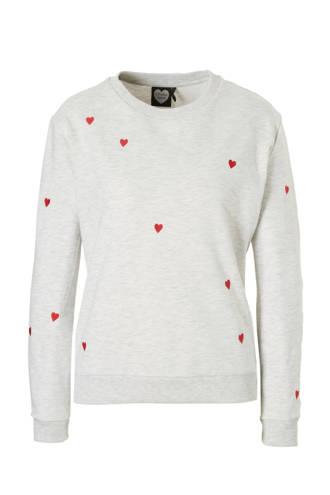 sweater met hartjes
