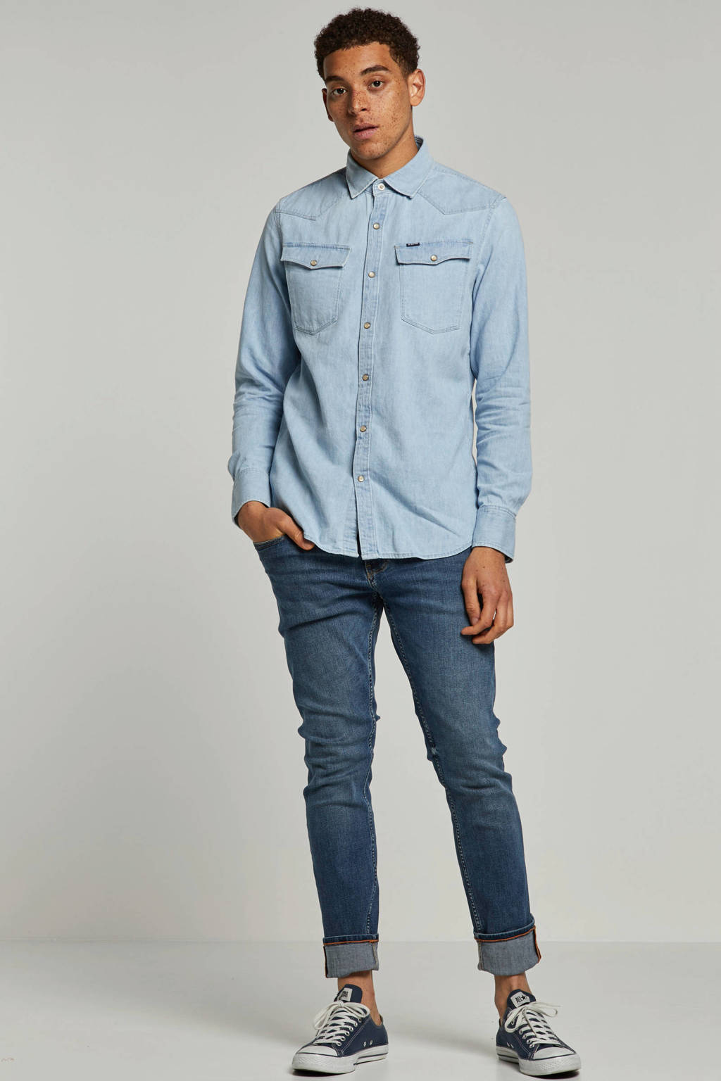 edc Men slim fit jeans met borduursels, Lichtblauw