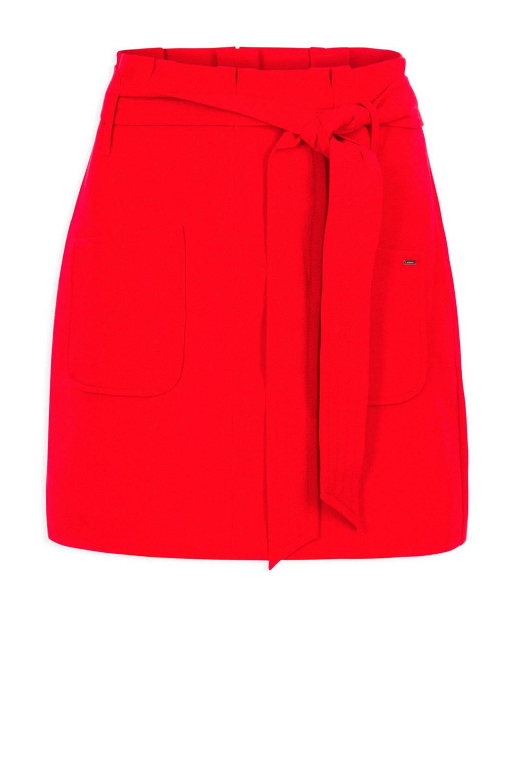 Morgan rok rood, Rood