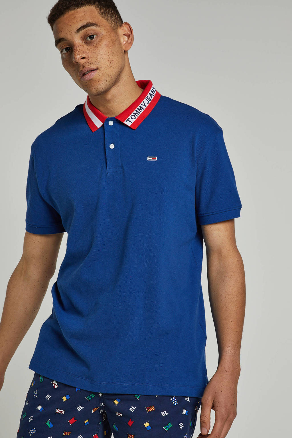 Tommy Jeans regular fit polo met logo, Donkerblauw/rood/wit