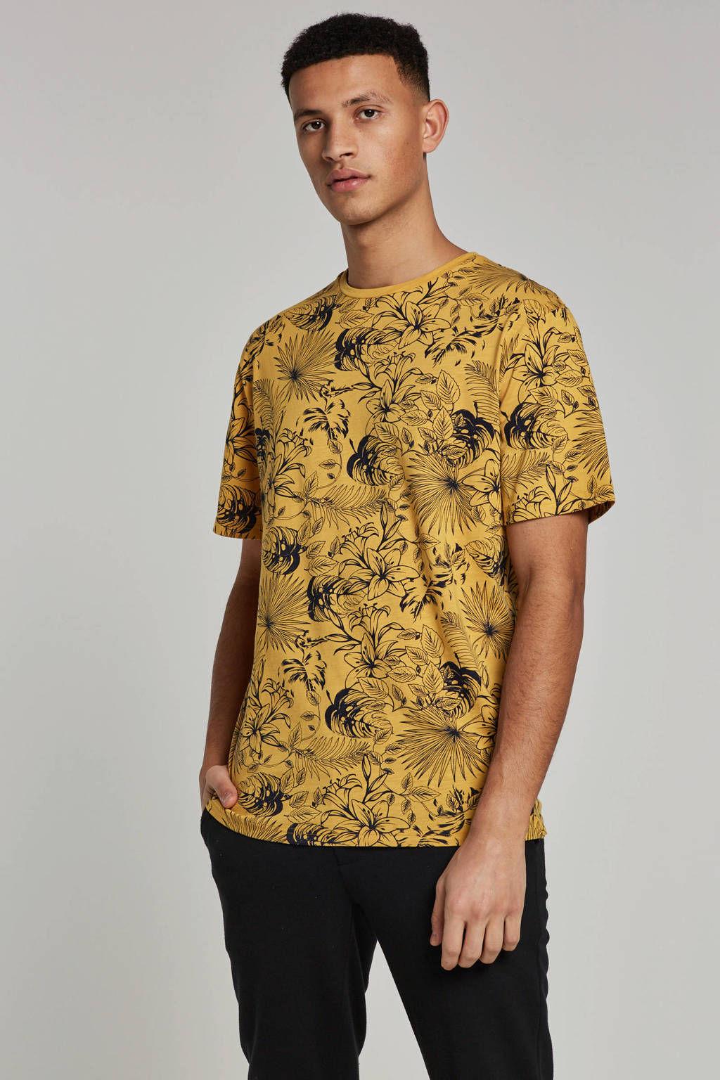 Only & Sons T-shirt, Geel