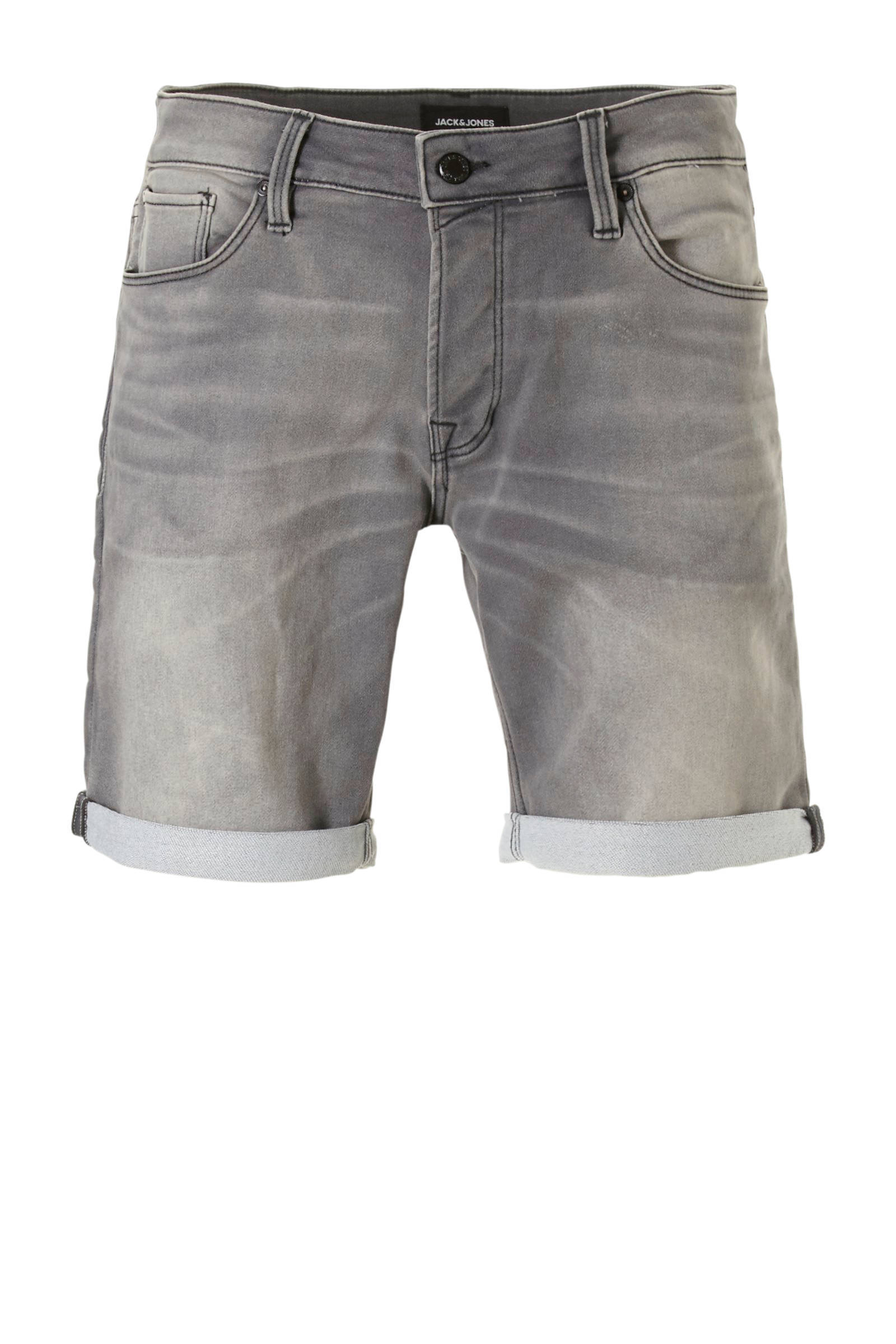 02dbf47165e jack-jones-intelligence-jeans-short-grijs-5713754382395.jpg