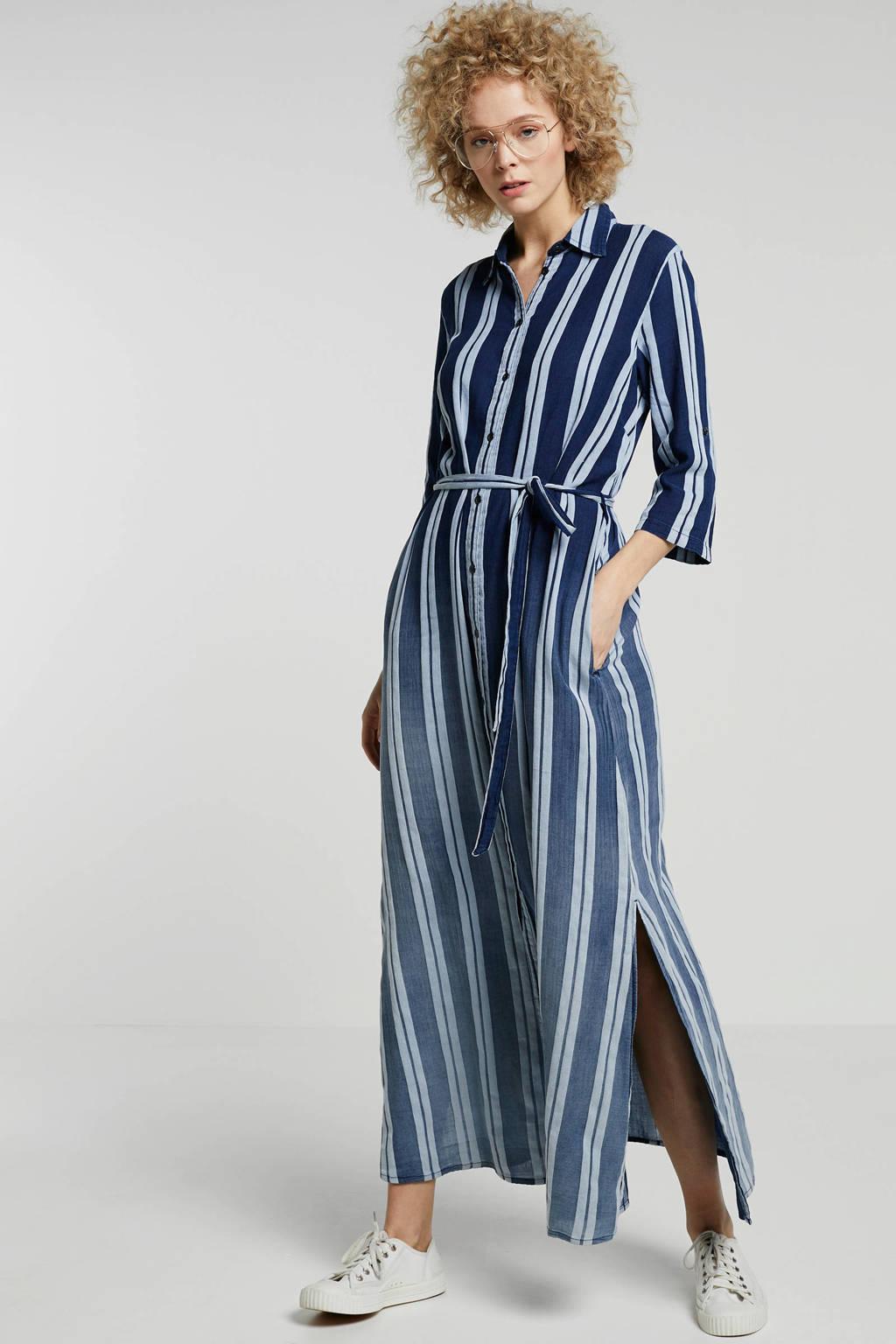 d4f37f7801d11a Summum Woman gestreepte maxi jurk blauw