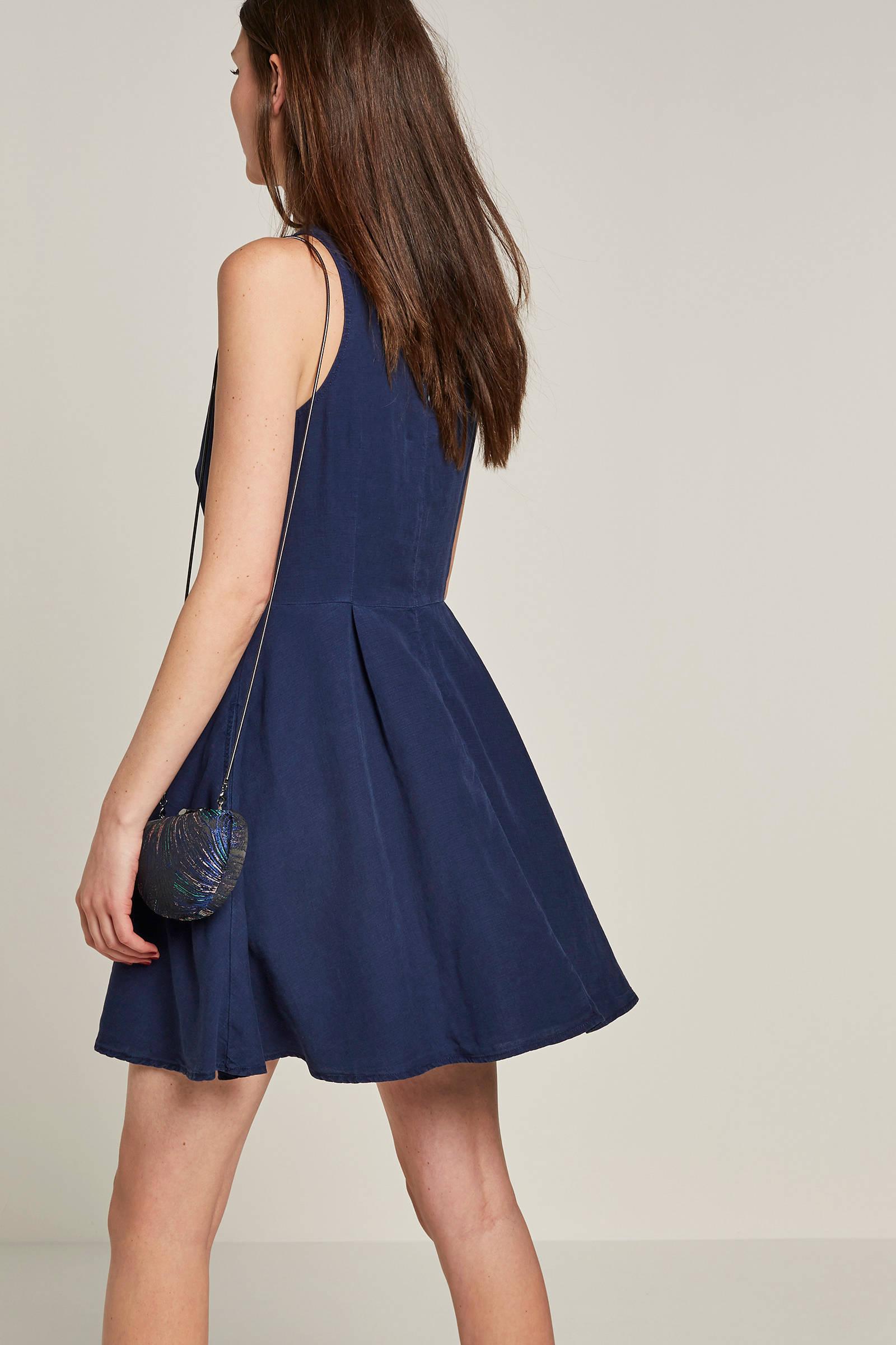 2ad70815f0ca46 ESPRIT edc Women jurk met knopen donkerblauw