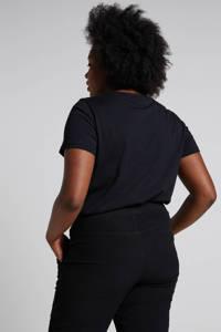 Zizzi broek zwart, Zwart
