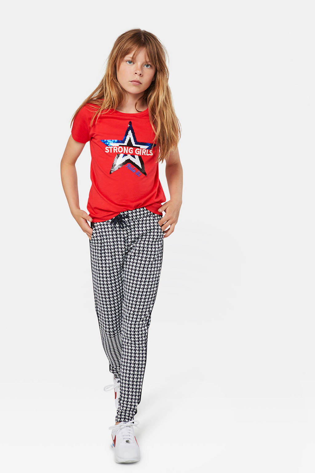 WE Fashion T-shirt met tekst en pailletten rood, Rood