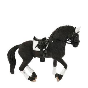 Horse Club Friese wedstrijd hengst