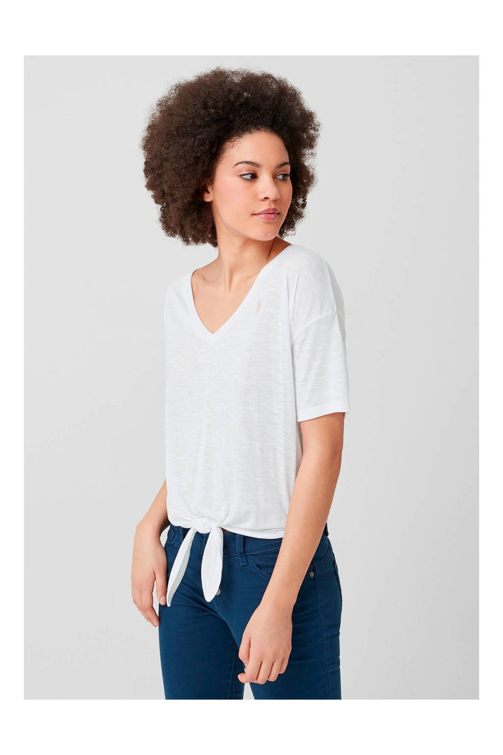 uitgebreide selectie amazone tijdloos design Q/S designed by T-shirt met knoopdetail wit | wehkamp