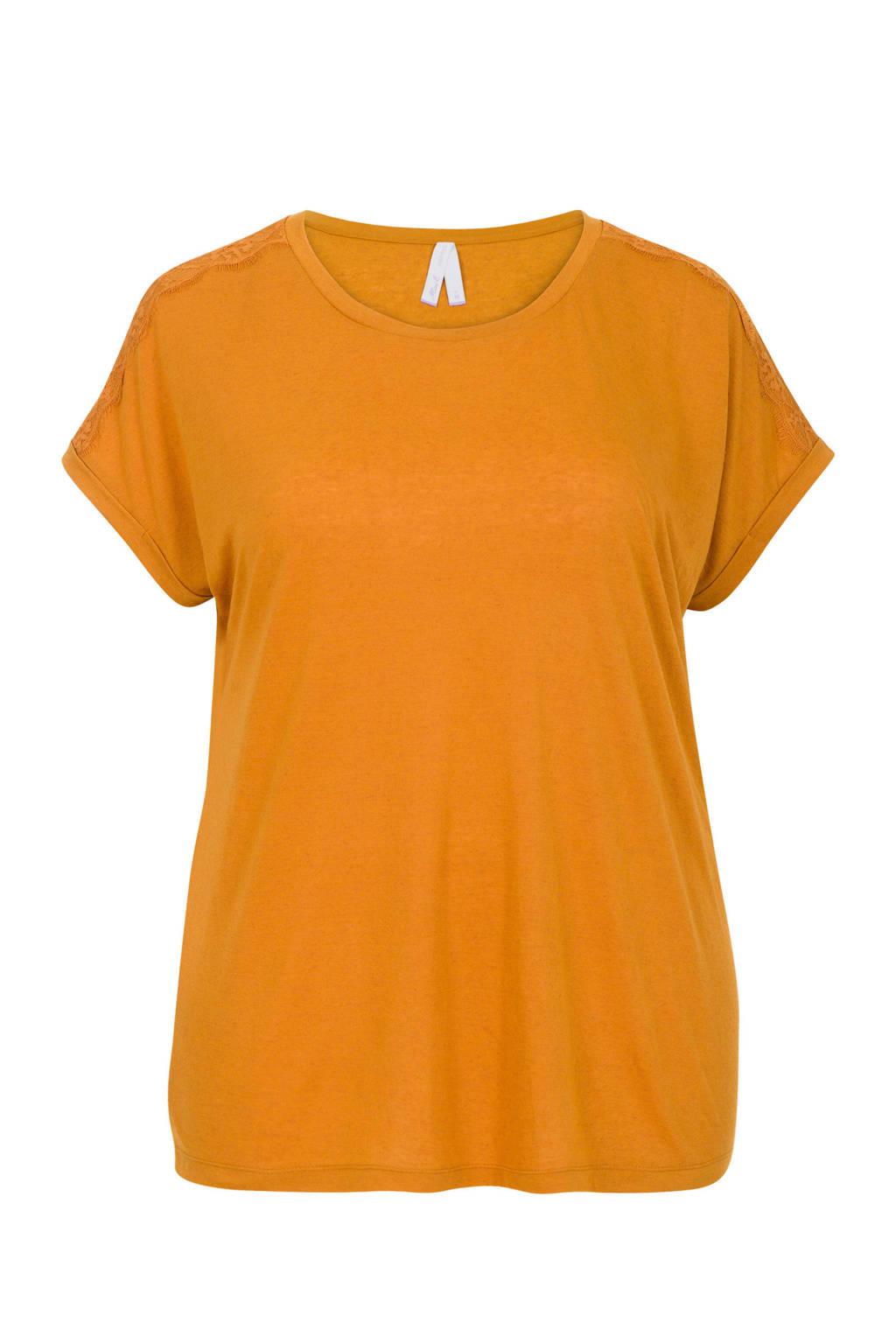 Miss Etam Plus T-shirt met kantdetail, Geel