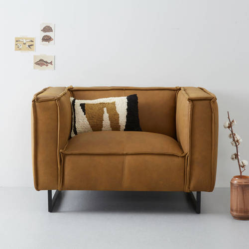 whkmp's own loveseat Salvador