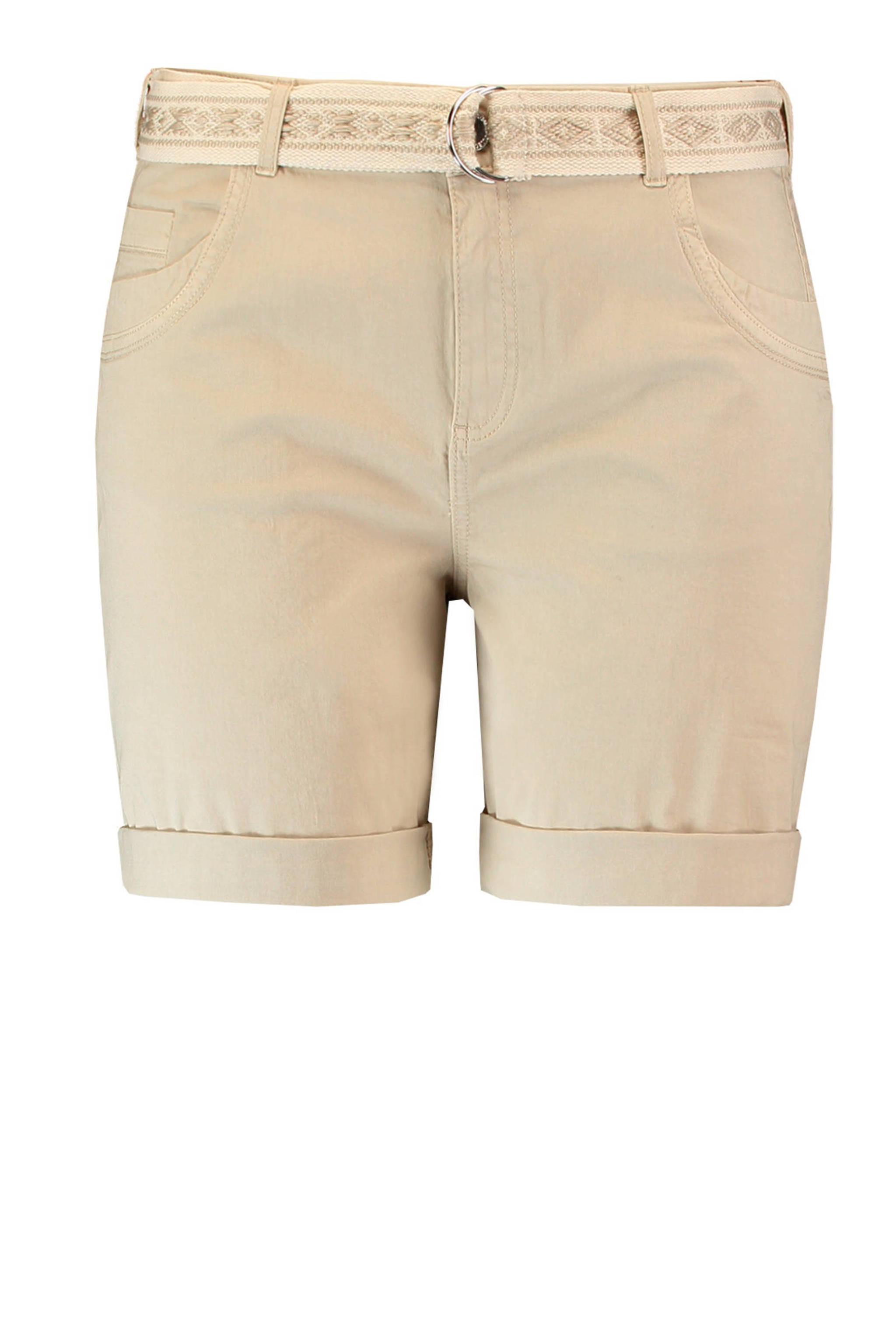 9c998e6a889 korte broek met ceintuur beige