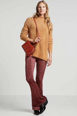 flared broek met panterprint rood/zwart
