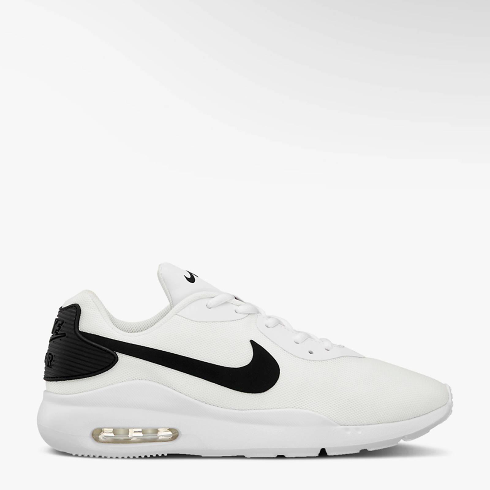 Nike Air Max Raito sneakers wit/zwart