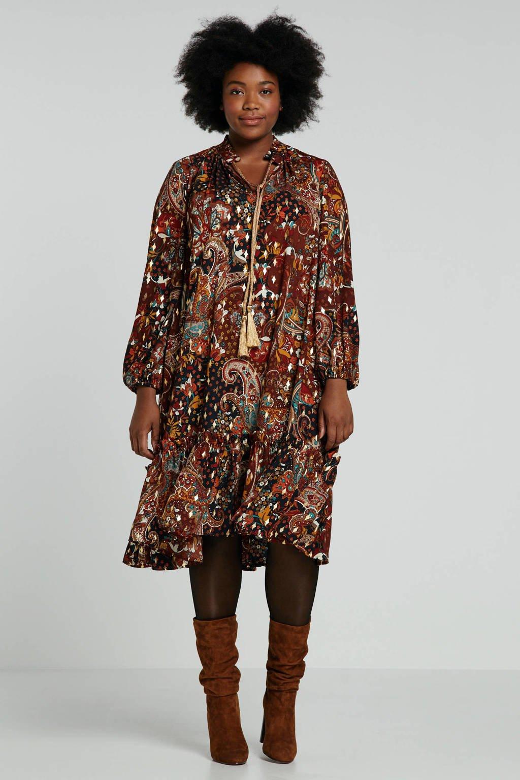 Mat Fashion jurk met all over print en volant bruin, Bruin