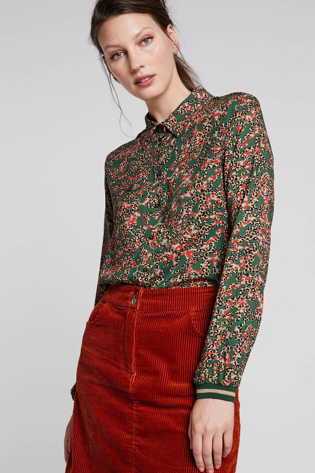 Geisha blouse met panterprint groen, Groen/rood/camel