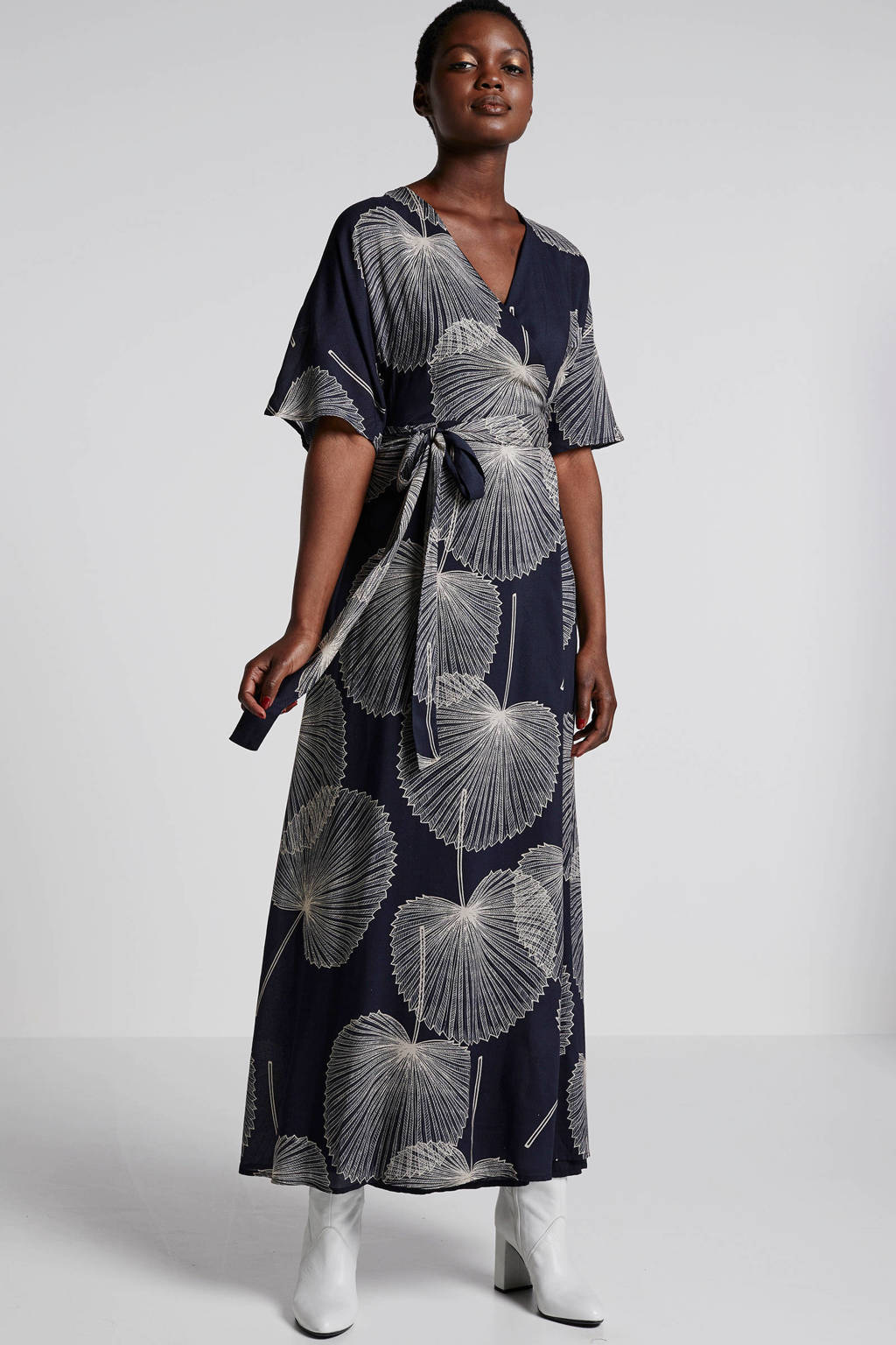 ESPRIT Women Collection maxi jurk met blad print zwart, Zwart/wit