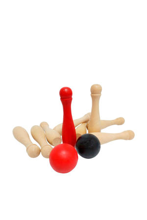 garden bowling game