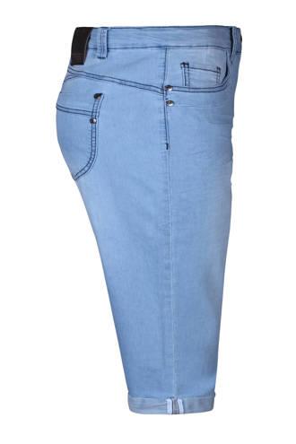 slim fit capri jeans