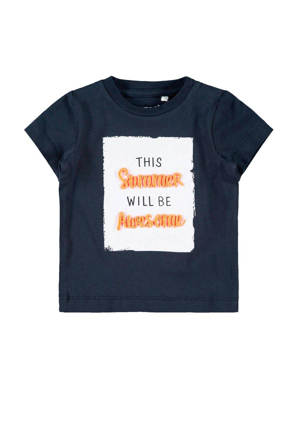 name it BABY newborn baby T-shirt Jeco met tekst blauw, Donkerblauw