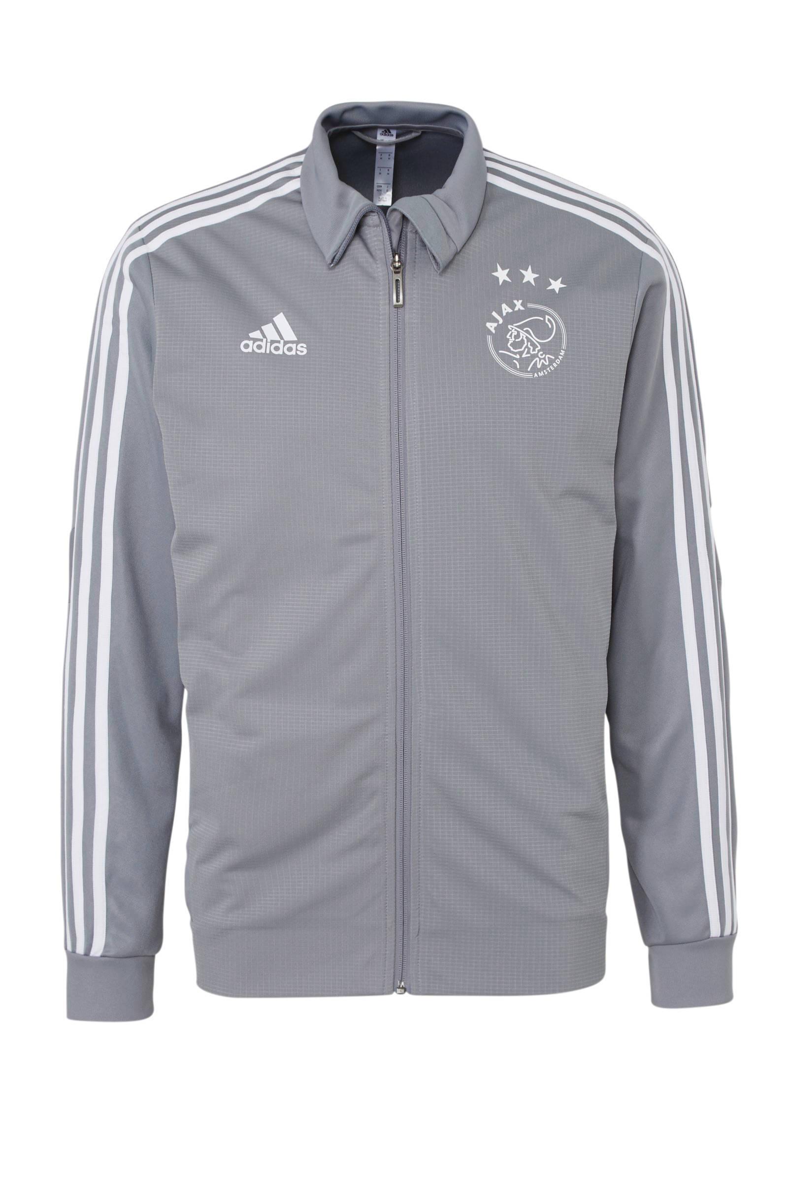 Senior Ajax voetbaljack Training