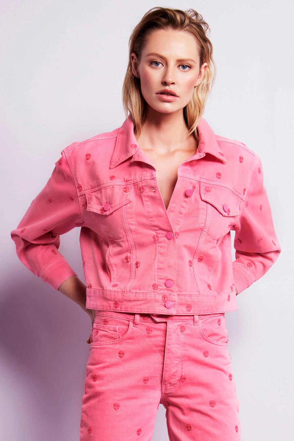 Fabienne Chapot spijkerjasje met all over print en borduursels roze, Roze