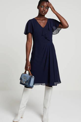 Cutler jurk donkerblauw met volant en plooi detail