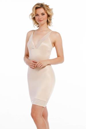 corrigerende jurk Be Amazing lichtbeige