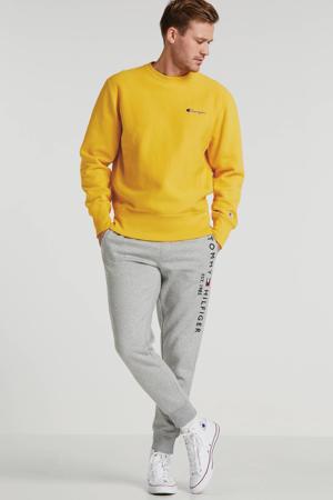 trui met logo geel