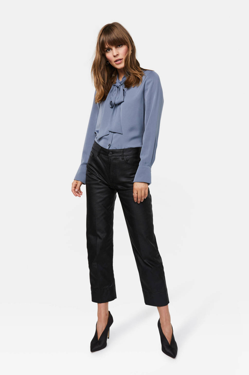 WE Fashion Blue Ridge coated cropped straight fit broek zwart, Zwart