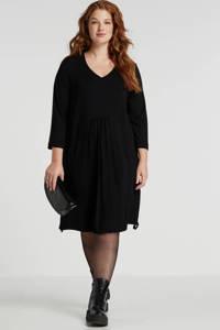Sempre Piu jurk met plooien zwart, Zwart