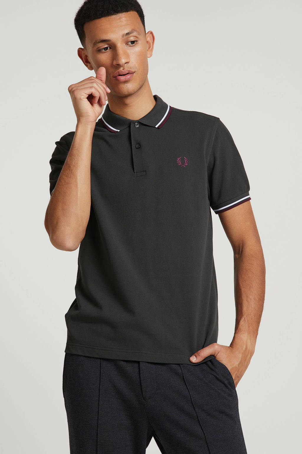 Fred Perry polo met logo, Donkergroen