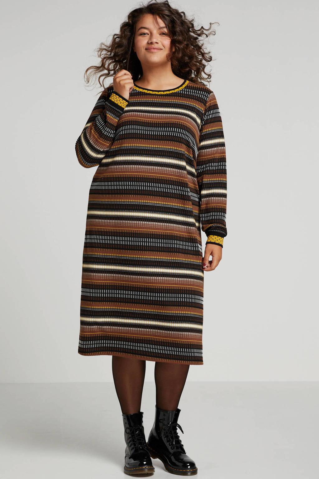 Yesta gebreide jurk met all over print bruin/multi, Bruin/multi