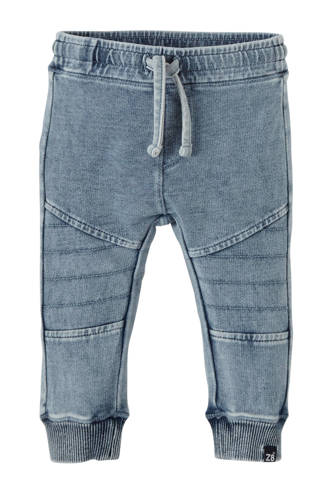 loose fit jeans California