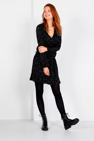 satijnen jurk Kelsey met all over print zwart/wit