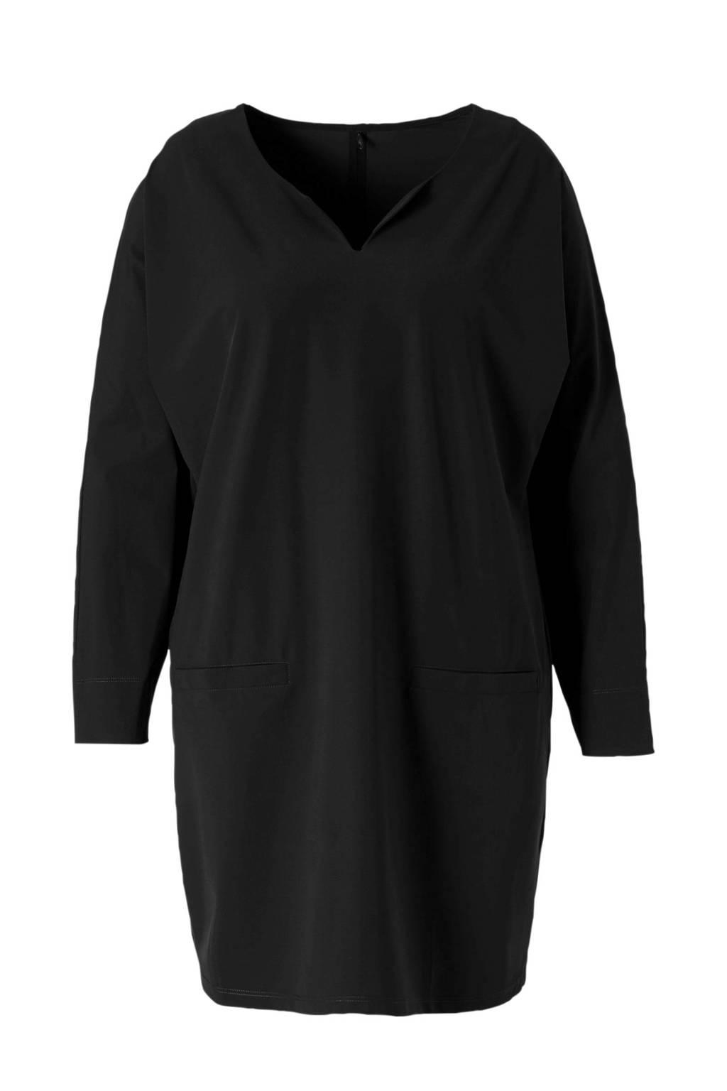 Plus Basics jersey jurk van travelstof zwart, Zwart