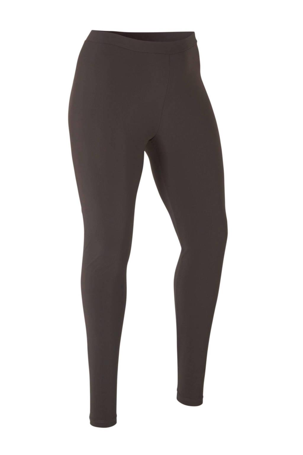Plus Basics legging van travelstof bruin, Bruin
