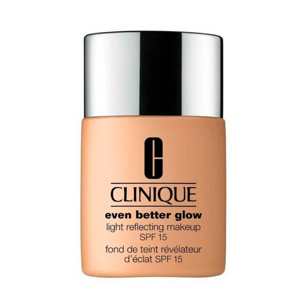 Clinique Even Better Glow SPF15 foundation - CN52 Neutral