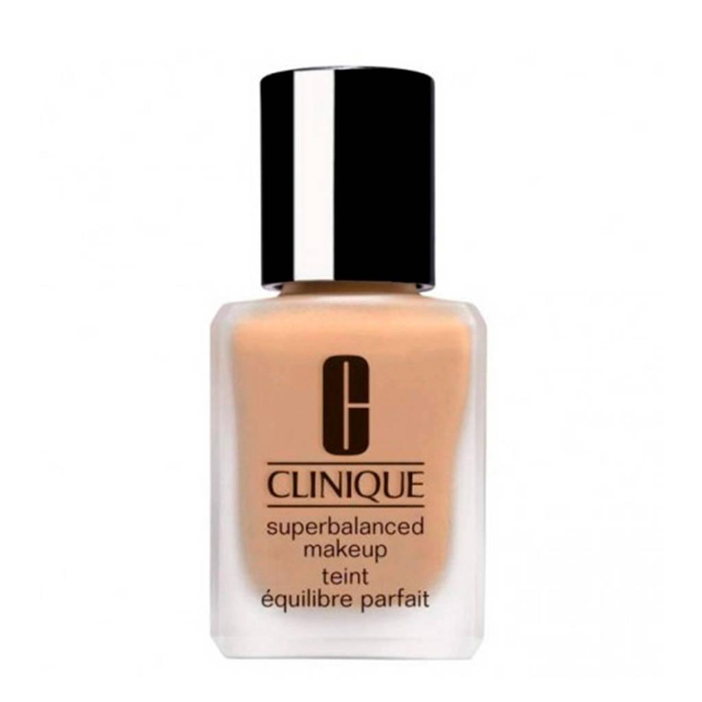 Clinique Superbalanced foundation - 09 Sand