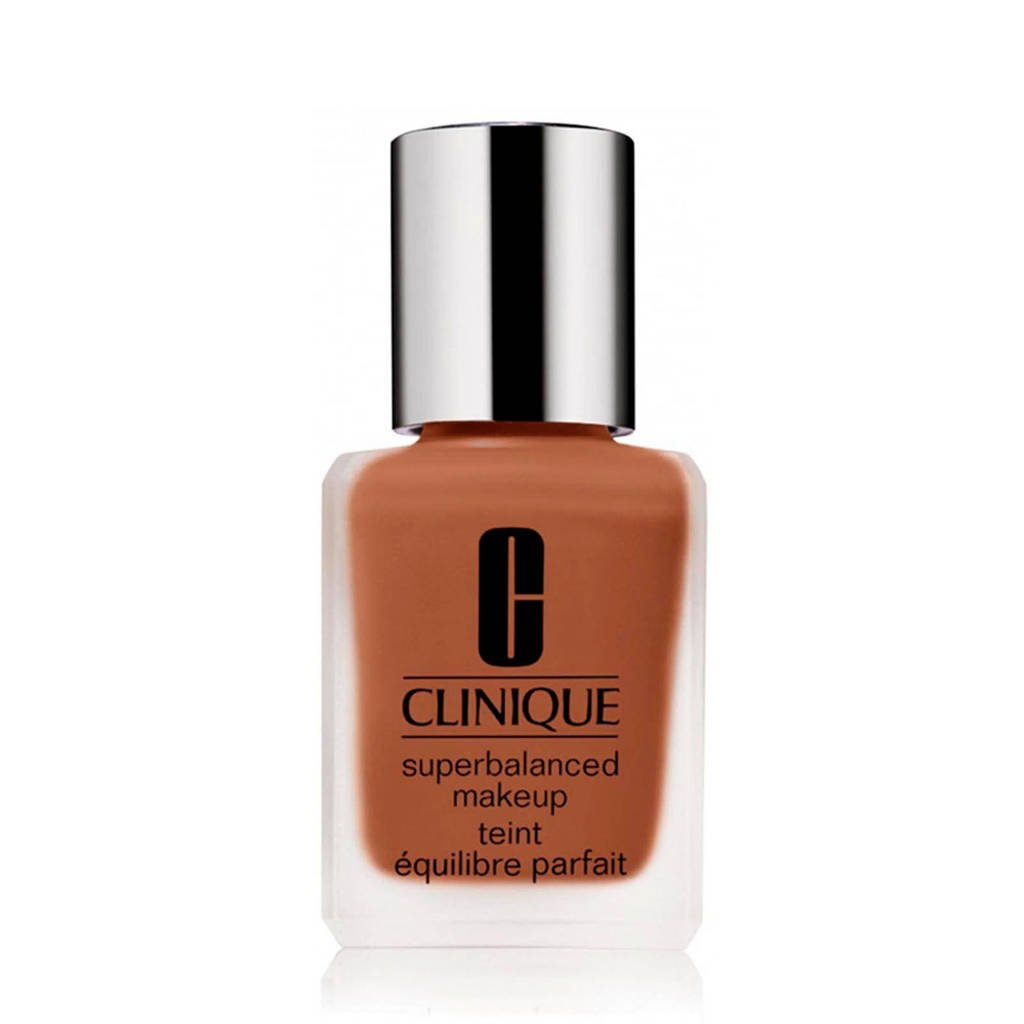 Clinique Superbalanced Silk SPF15 foundation - Clove