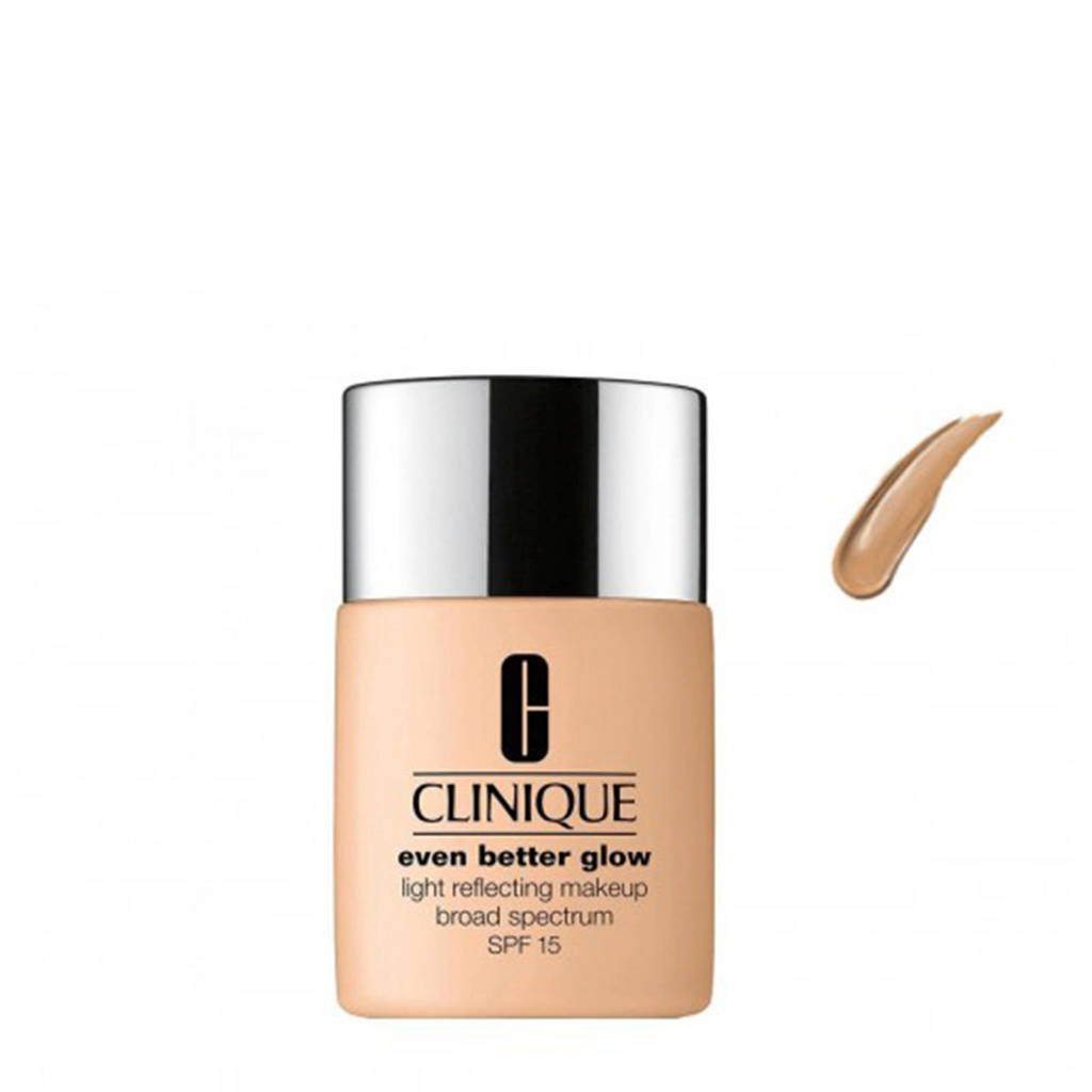 Clinique Even Better Glow Light Reflecting Makeup SPF15 foundation - CN 58 Honey Glow