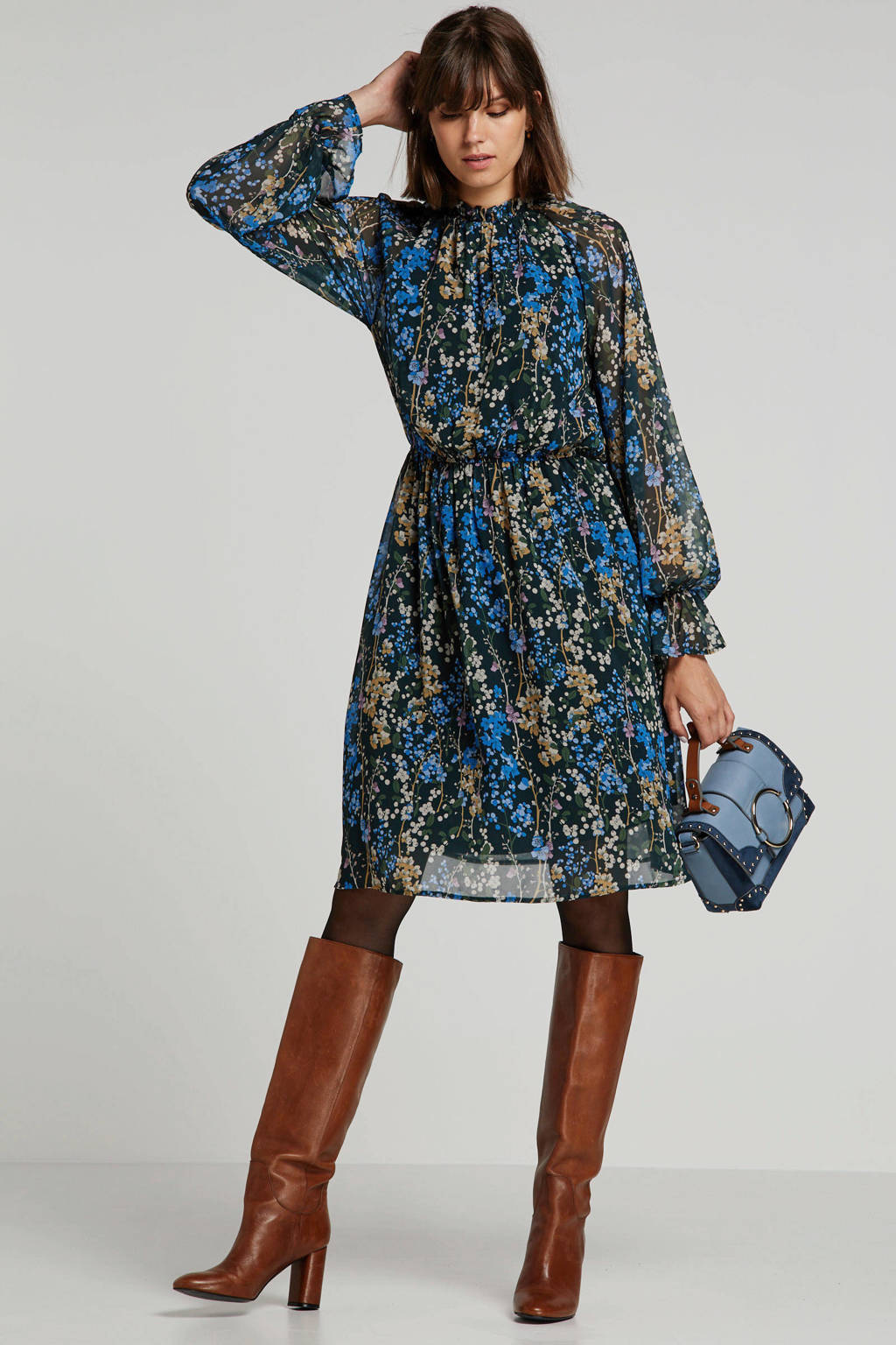 Wehkamp x NA-KD gebloemde semi-transparante blousejurk zwart/donkerblauw/bruin, Zwart/donkerblauw/bruin