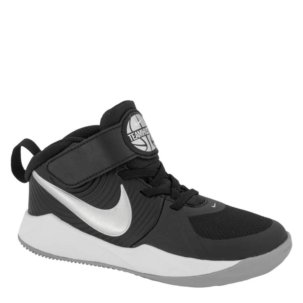 Nike  Team Hustle D+ halfhoge sneakers zwart, Zwart/zilver