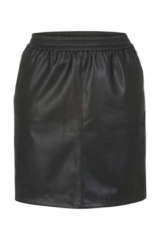Plus imitatieleren rok zwart