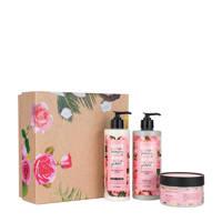 Love Beauty and Planet Muru Muru Butter & Rose geschenkset (3-delig)