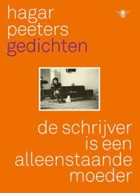 De schrijver is een alleenstaande moeder - Hagar Peeters
