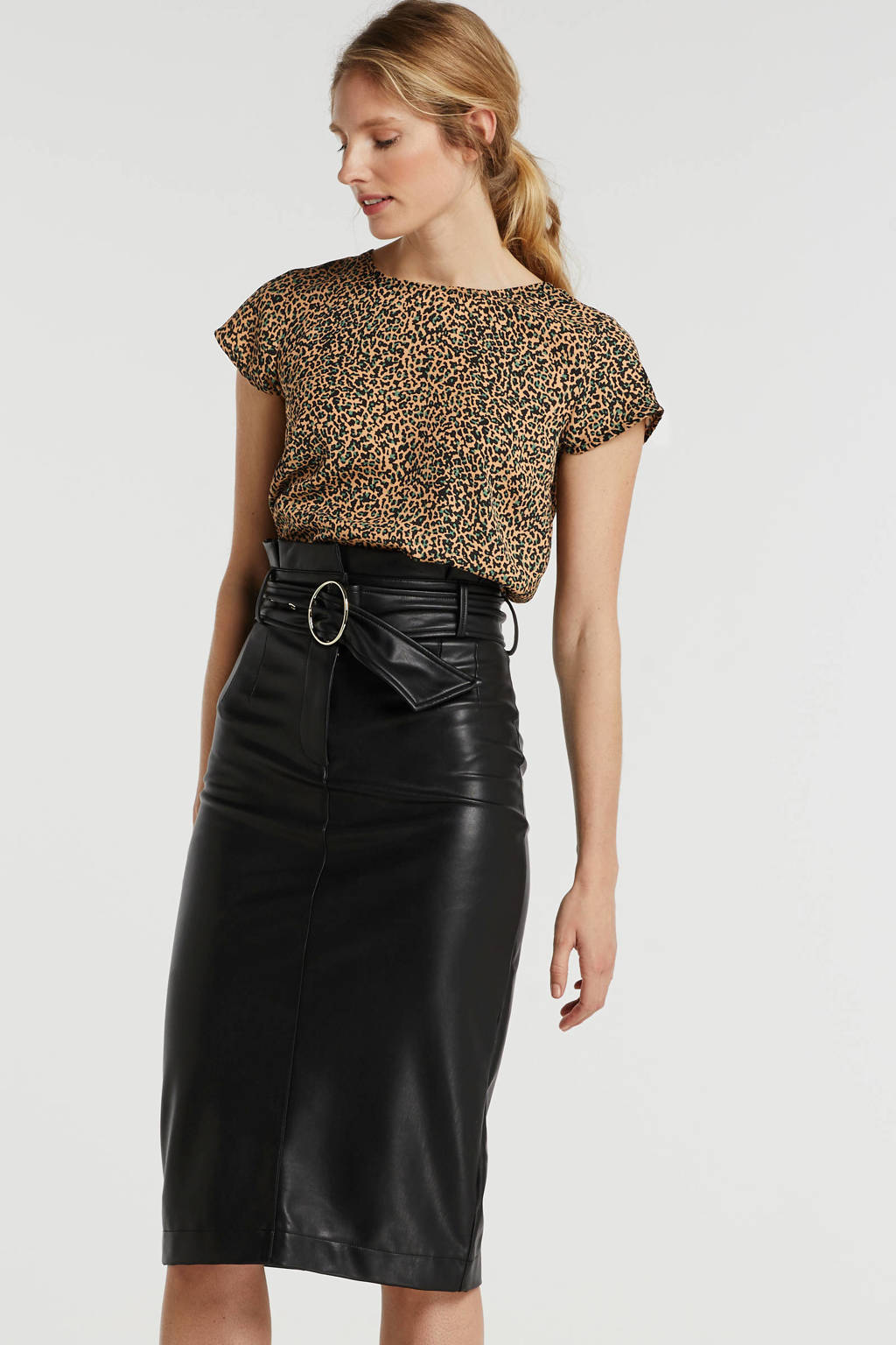 anytime top met all-over print camel, Camel/zwart/groen